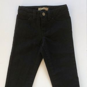 NWOT GUESS  BABY BOY JEANS  SIZE  24 MONTHS
